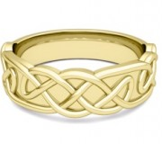 Celtic Knot Wedding Band for Men in Yellow Gold